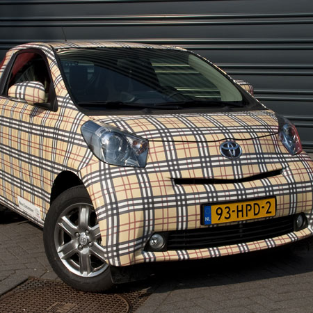 Burberry Full Wrap IQ