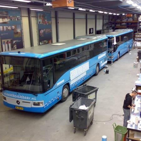 Busbestickering