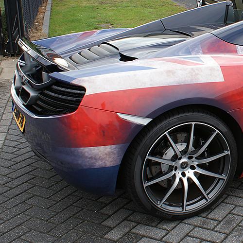 Full wrap McLaren MP4-12C