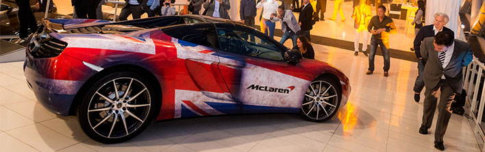 McLaren Blomsma Eventdressing carwrapping
