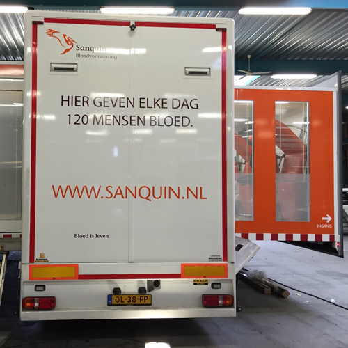 vrachtwagenbestickering sanquin