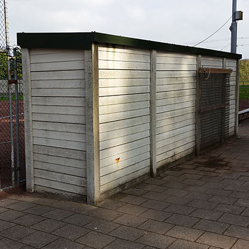 dug out bezoekers oud