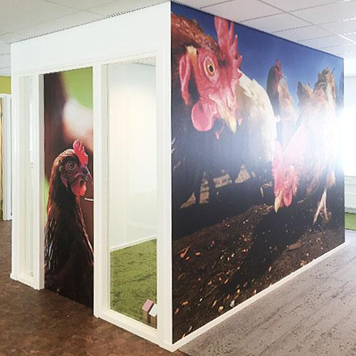 full color interieurdecoratie dierenbescherming