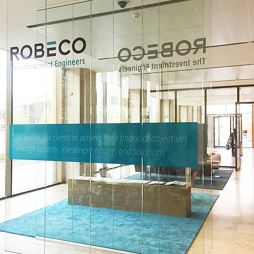 Raambestickering Robeco