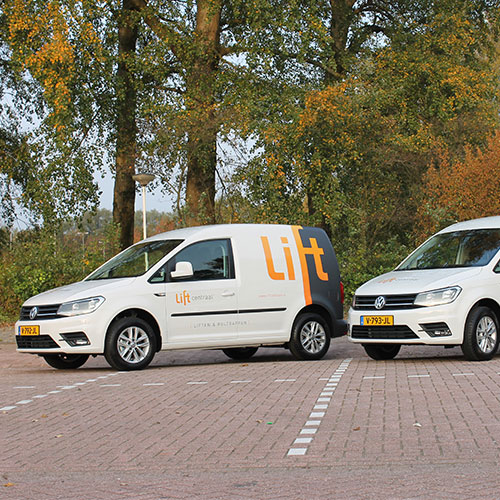 Blomsma Print & Sign carwarapping autobestickering liftcentraal skoda caddy autobelettering