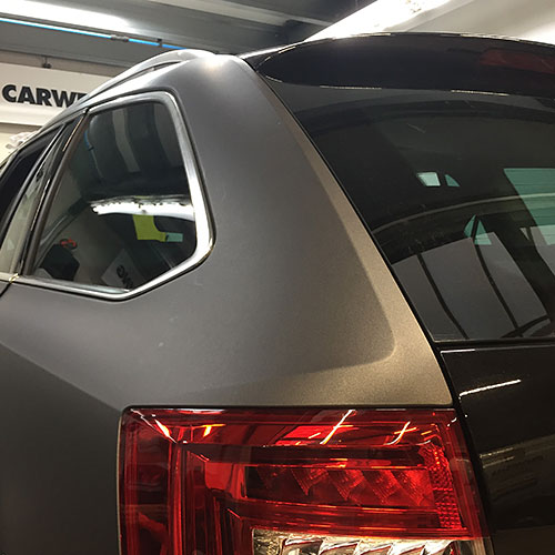 Blomsma Print & Sign carwarapping autobestickering liftcentraal skoda caddy