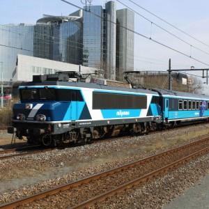 SHUNTB008-Remco-van-den-Bosch-500x500-4