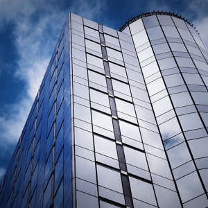 Zon- & Warmtewerende raamfolies helpen mee aan een aangenaam werkklimaat