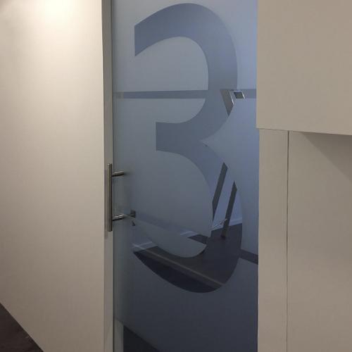 Dental Care Center Den Haag Privacyfolie signing Blomsma Print & Sign