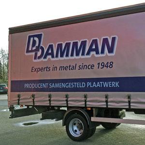 Damman trekker en oplegger nieuwe huisstijl Blomsma Print & Sign