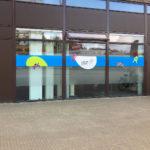 JGZ Raambestickering en belettering Blomsma Print & Sign
