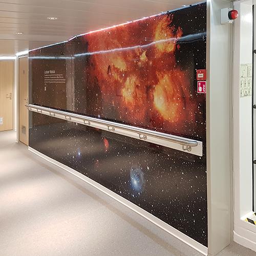 Interieurdecoratie wandvisual maritime Acta Auriga door Blomsma Print & Sign