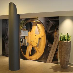 Restylen en wrappen van meubilair met 3M D-Noc interieurfolie en renovatiefolie door Blomsma Print & Sign
