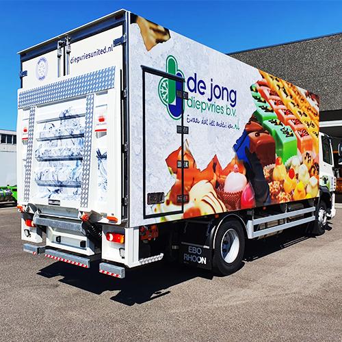De Jong Diepvries Vrachtwagen Belettering | Blomsma Print & Sign